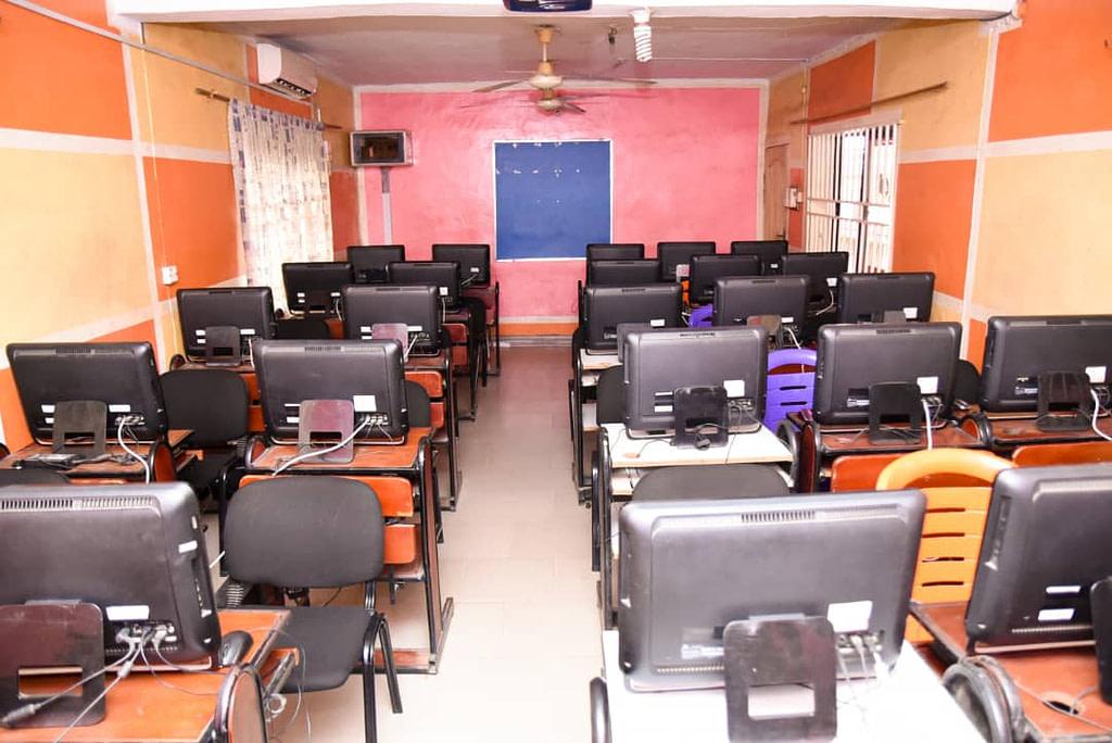 alfaruqschool-computer-room